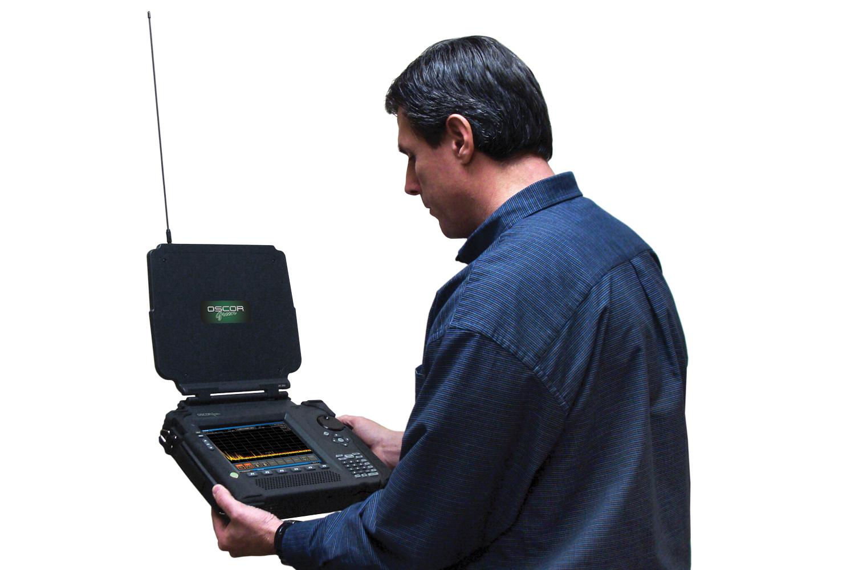 Компактность позволяет использовать анализатор спектра мобильно