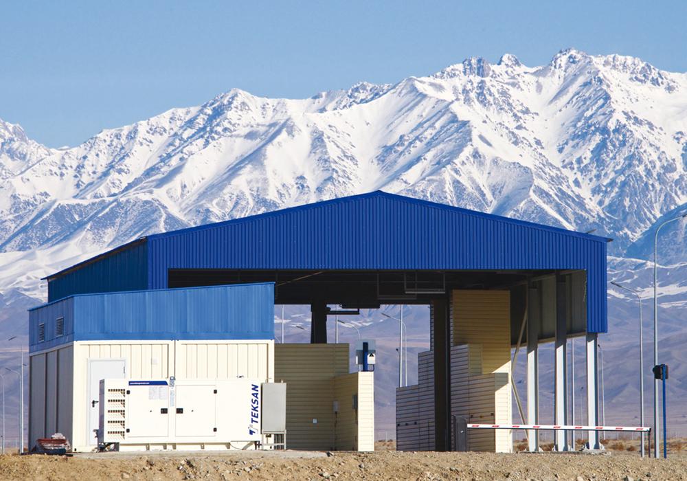 Портал для досмотра грузовых автомобилей и контейнеров HXC-FreightScan